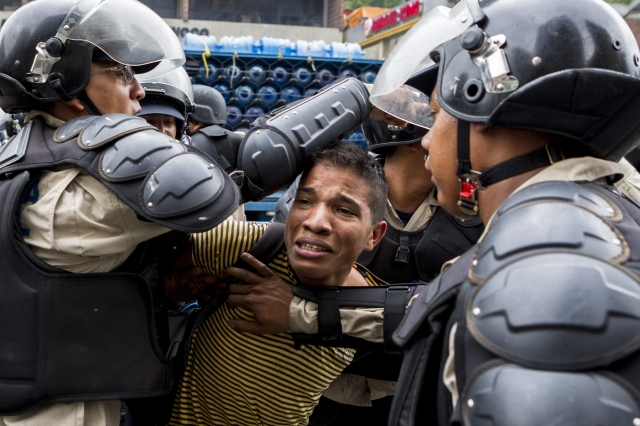 Vuelve violencia en Venezuela