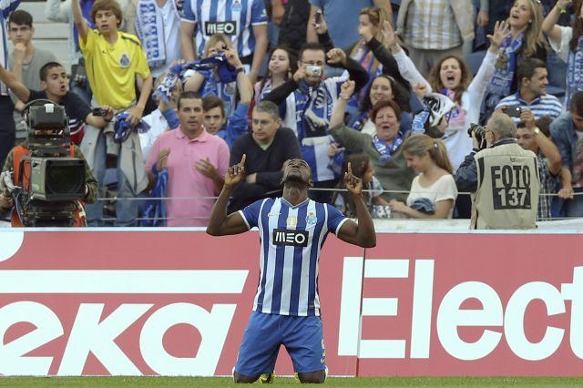 Porto se despide con victoria en el 'clásico' (video)