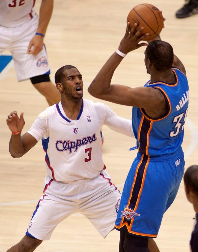 Los Clippers sobreviven: 2-2