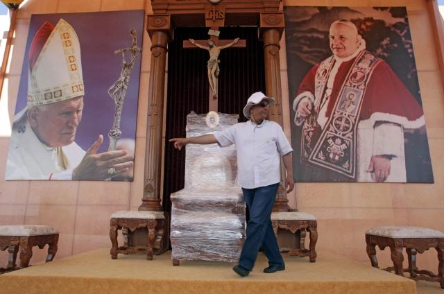 El Papa hacia Tierra Santa