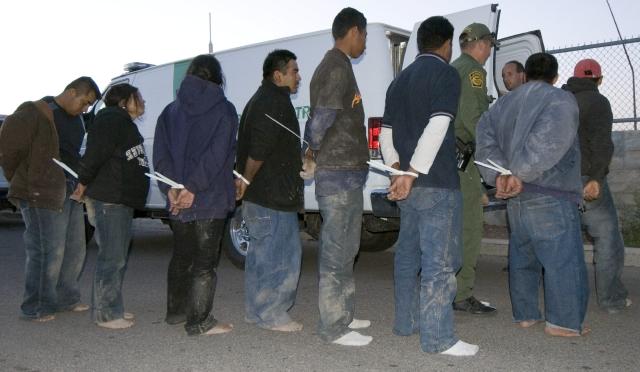 Llama ombudsman mexicano frenar abusos contra migrantes