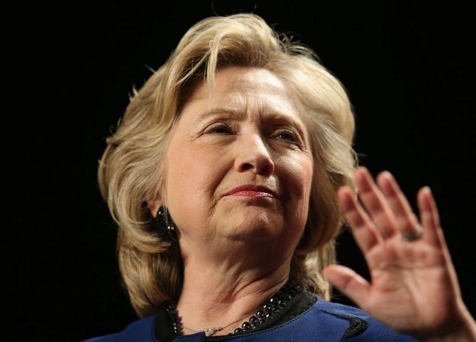 Clinton esperará a final de año para decidir si será candidata