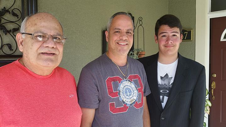 Tres generaciones celebran el Día del Padre