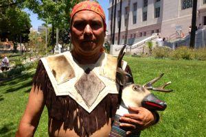 Danzantes aztecas: 'no nos preocupan las burlas'