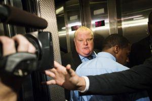 Alcalde de Toronto regresa tras rehabilitación contra droga