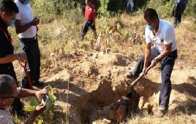Hallan fosa clandestina con 28 cadáveres en Veracruz