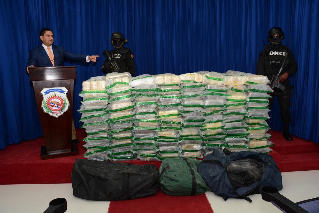 Dominicana halla 1,053 paquetes de cocaína ocultos en cigarros