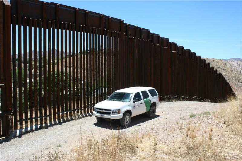 Helicóptero mexicano cruza la frontera y dispara en EEUU