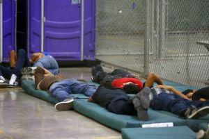 Muere padre migrante en custodia de Patrulla Fronteriza. Su hija menor de edad se queda sola