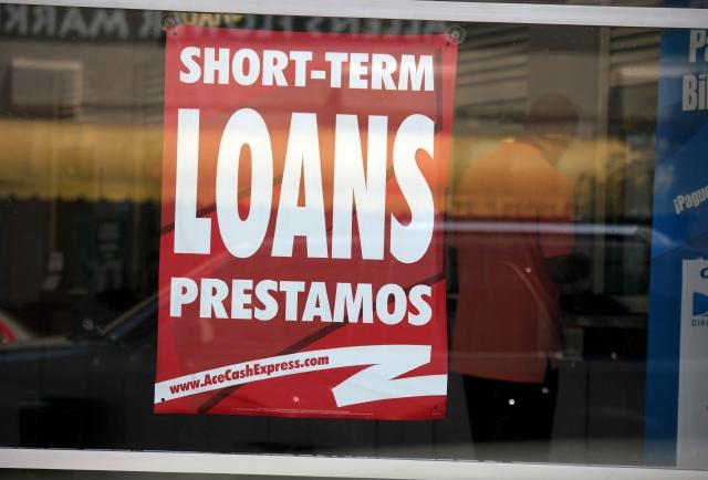 El Gobierno acusa a ACE Cash Express de  usar tácticas ilegales para  empujar a sus clientes a una espiral de deuda.