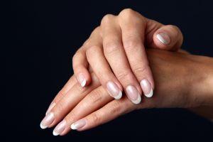 Uñas fuertes por menos de $1: beauty tip