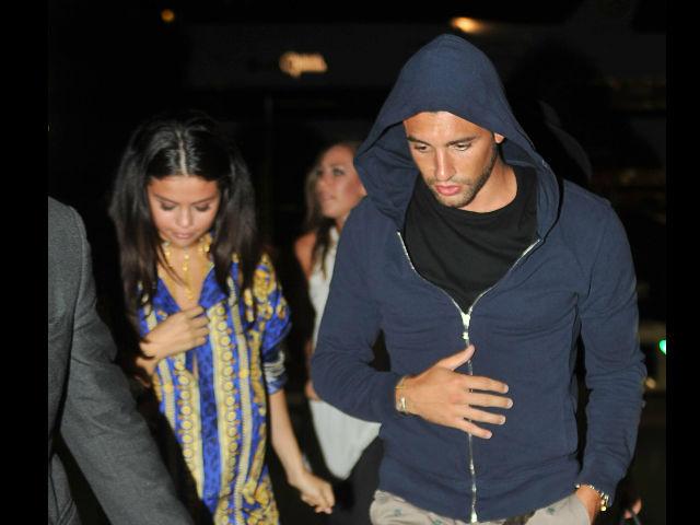 Selena Gómez pasó su cumpleaños acompañada de un chico muy guapo