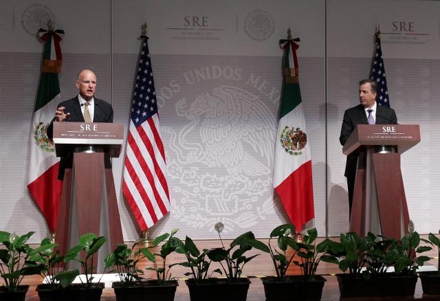 El idioma fue prioridad en la cumbre entre California y México.