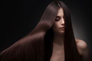 Fortalece tu cabello desde tu barriga