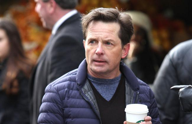 Michael J. Fox declaró que Williams lo ayudaba cuando tenía problemas con su adicción.