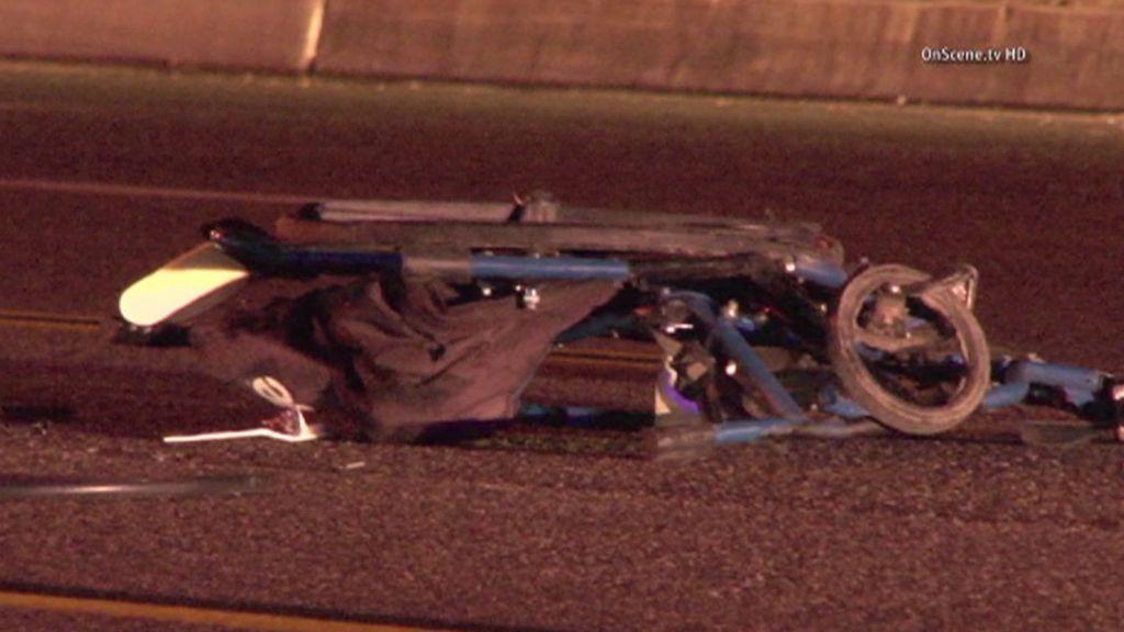Hombre en silla de ruedas muere arrollado en Fullerton
