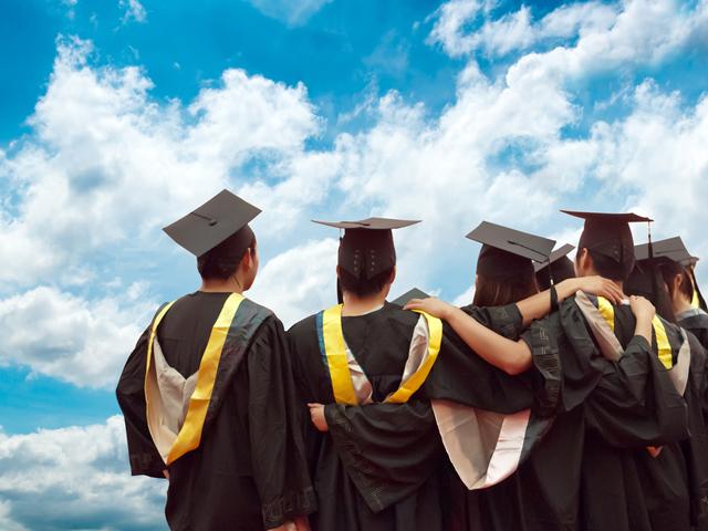 Llega Más Alto: la importancia de la educación para jóvenes hispanos