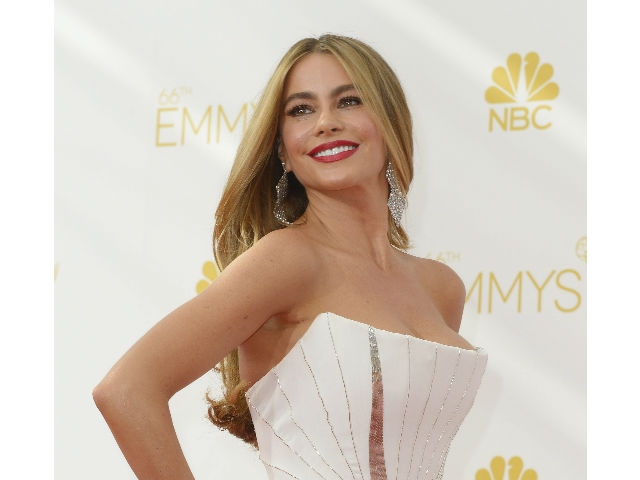 Broma de Sofía Vergara en premios Emmy genera polémica
