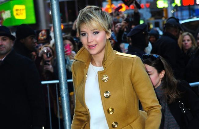 Jennifer Lawrence es una de las celebridades de las que se filtraron fotos desnuda.