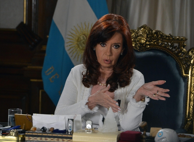 El Papa invita a almorzar a la presidenta argentina
