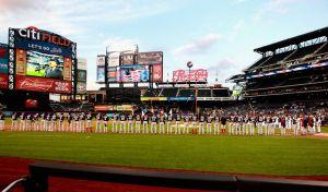 El enfermero y aficionado de los Mets que simboliza el momento que atraviesa el béisbol en Nueva York