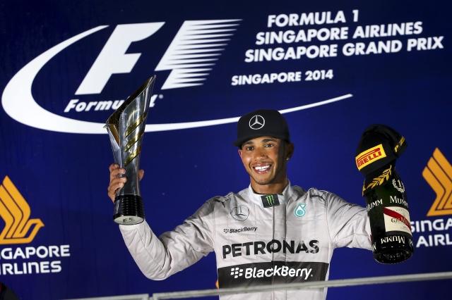 Hamilton gana y es líder de la Fórmula 1