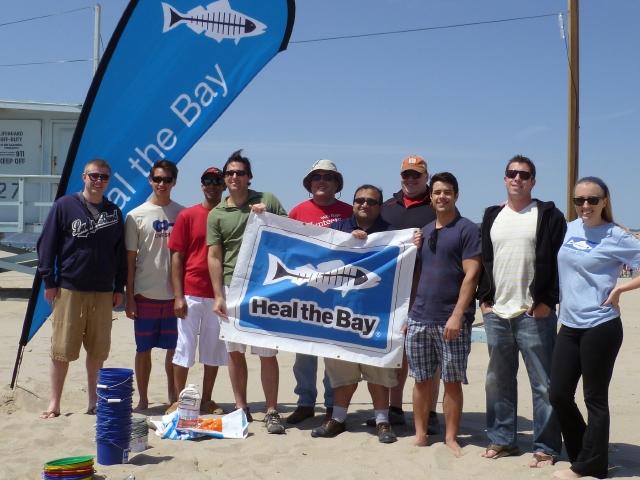 """""""Heal the Bay"""" es una organización sin fines de lucro dedicada a mantener limpias  las aguas del Sur de California."""