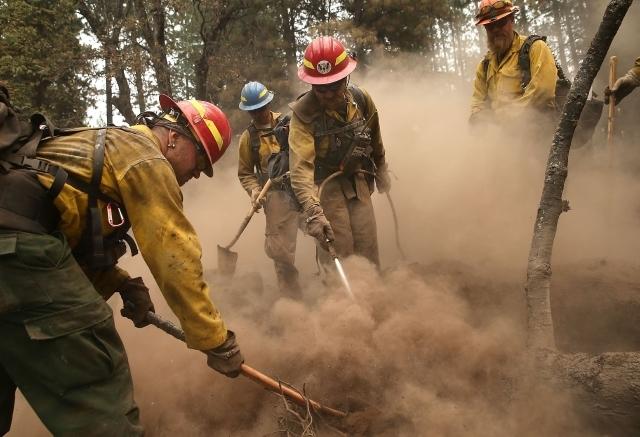 Incendio en el norte de California amenaza 12 mil casas (video, fotos)