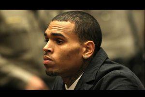 Madre de Chris Brown, quiere alejarlo de las pandillas callejeras