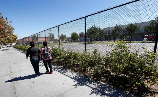 Los vecinos dicen sentir temor por la presencia de exconvictos sexuales en sus barrios.
