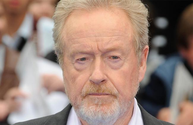 Ridley Scott prepara serie del ébola