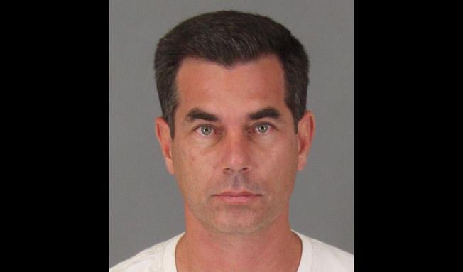 Alcalde de Murrieta arrestado bajo sospecha de DUI
