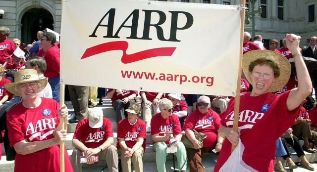 AARP aboga por los jubilados