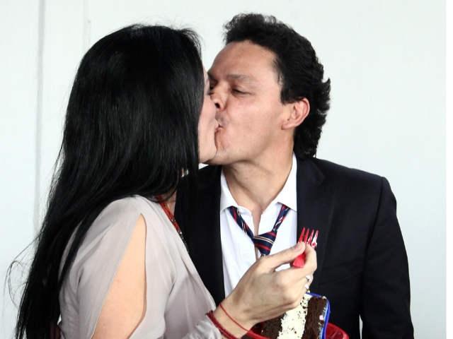 Por celos de su mujer, Pedro Fernández deja 'Hasta el fin del mundo'
