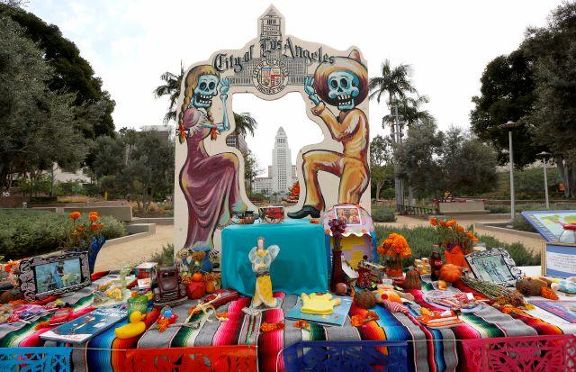 Un tributo para  vivos y  muertos en Grand Park (fotos)