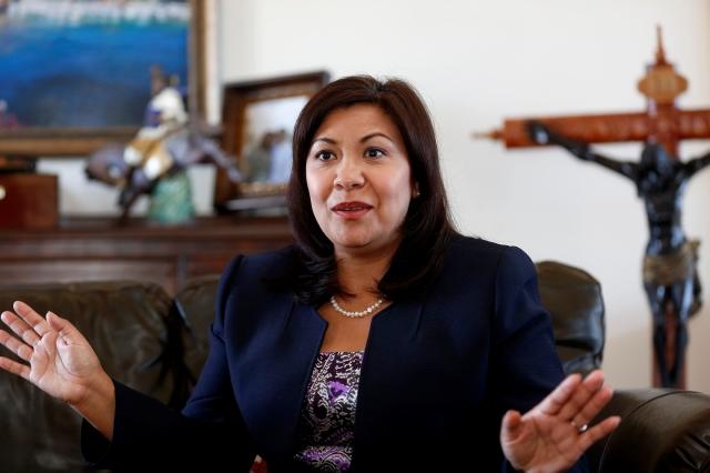 Norma Torres espera convertirse en la primera centroamericana en llegar al Congreso de EEUU.