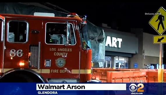 Niño de 13 años prende fuego a juguetes en Wal-Mart