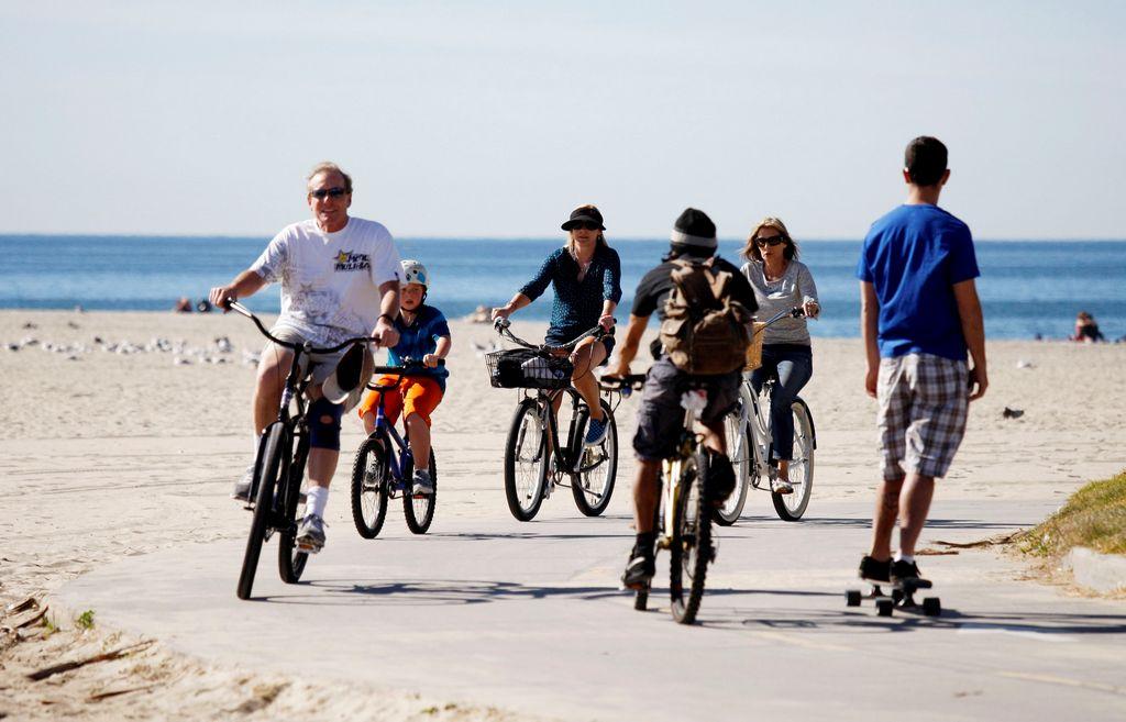 LA en 'bici': 5 lugares donde ir con la familia