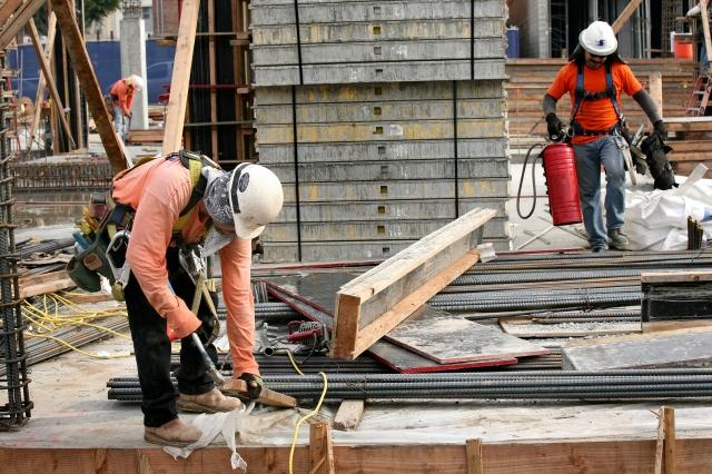 Habrá más de 10 mil empleos en construcción