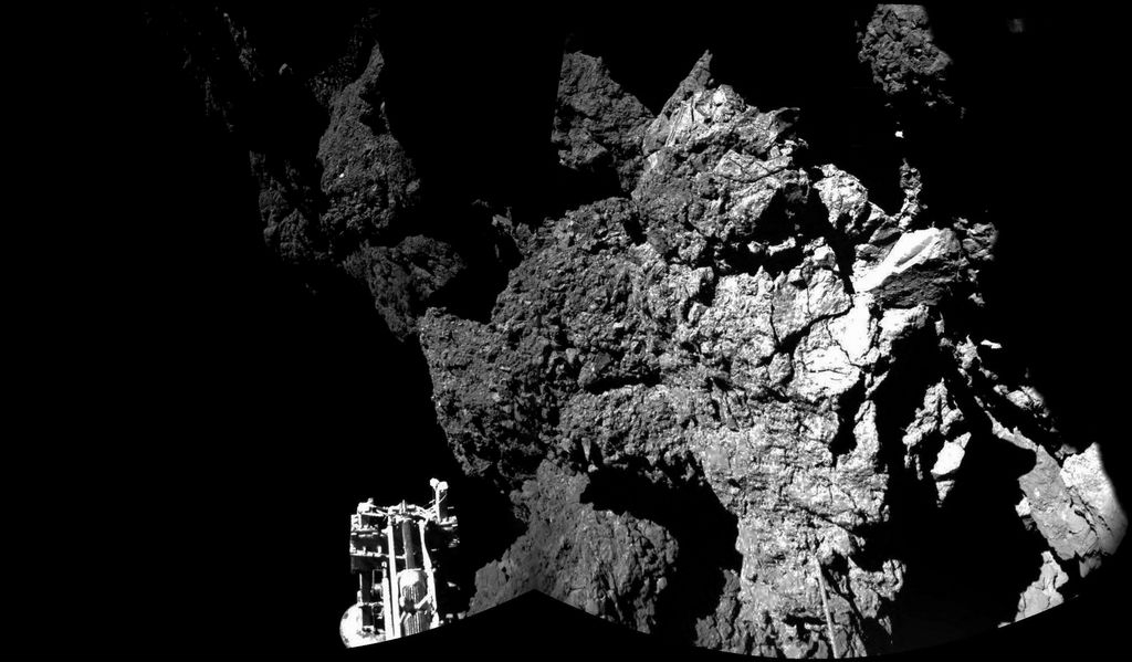 El módulo Philae sigue activo sobre la superficie del cometa 67/P Churyumov-Gerasimenko, después de un aterrizaje muy complejo.