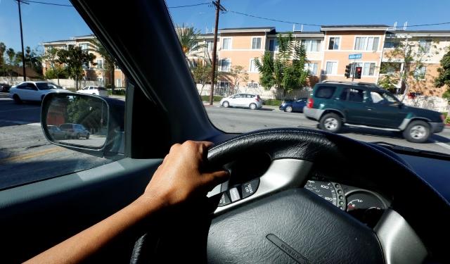 #BuenosDíasLA: Seguro de auto a bajo costo para indocumentados