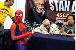Stan Lee se encuentra hospitalizado por problemas respiratorios