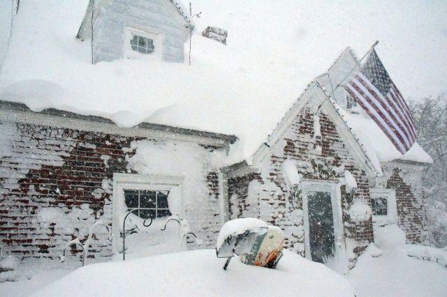 Al menos 7 muertos por tormenta de nieve en EEUU