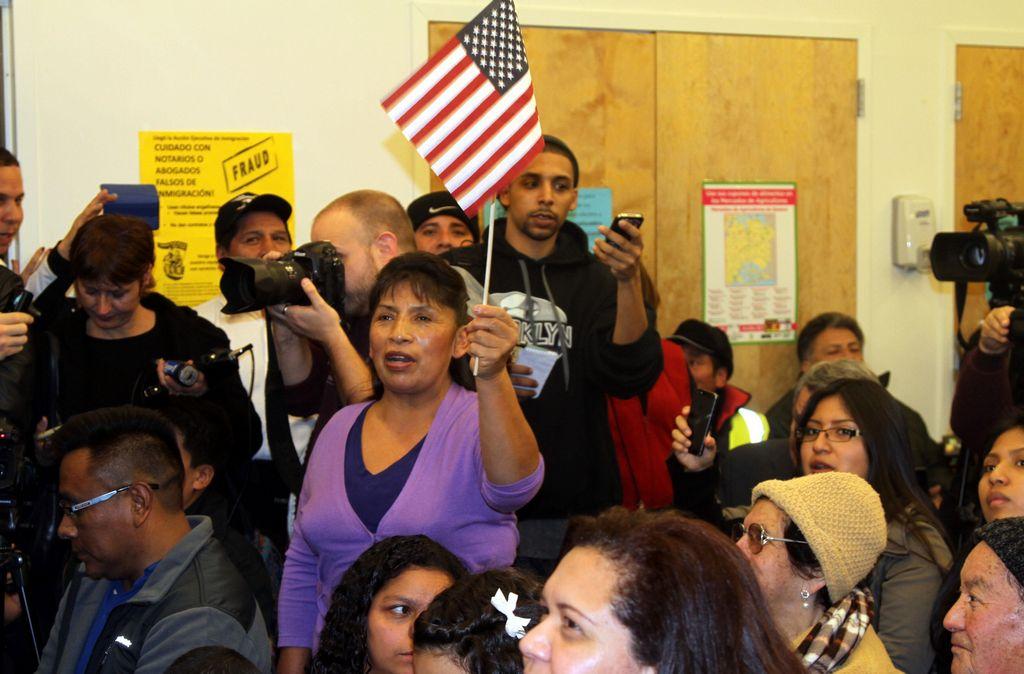 Preocupación en NYC por indocumentados excluidos de alivio migratorio