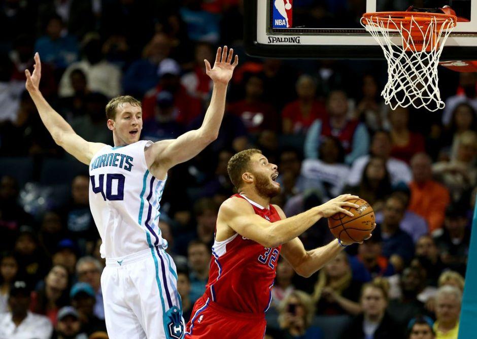 Clippers alargan mala racha de Charlotte