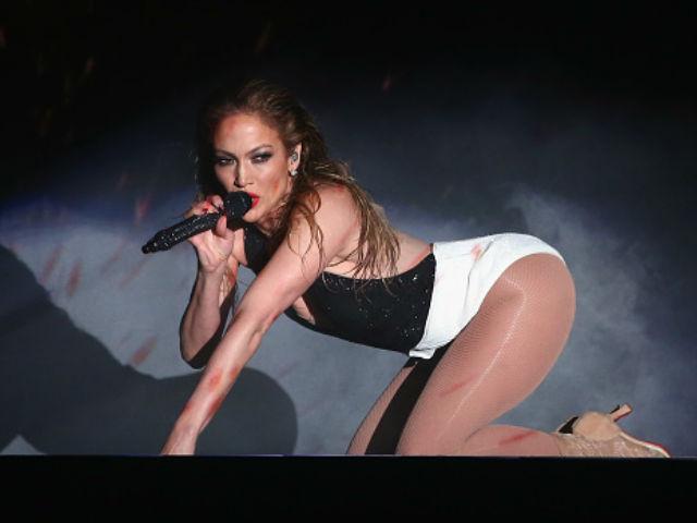 J.Lo pone a los American Music Awards a mover el 'Booty'