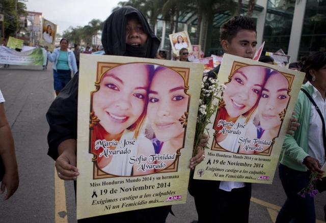 Madre de Miss Honduras teme por su vida