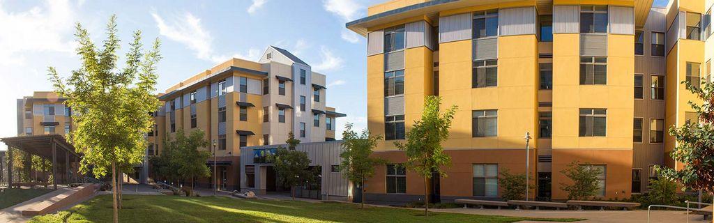 Campus de la Universidad de California, Merced. Algunos académicos buscan desarrollar un conocimiento interactivo de utilidad social.