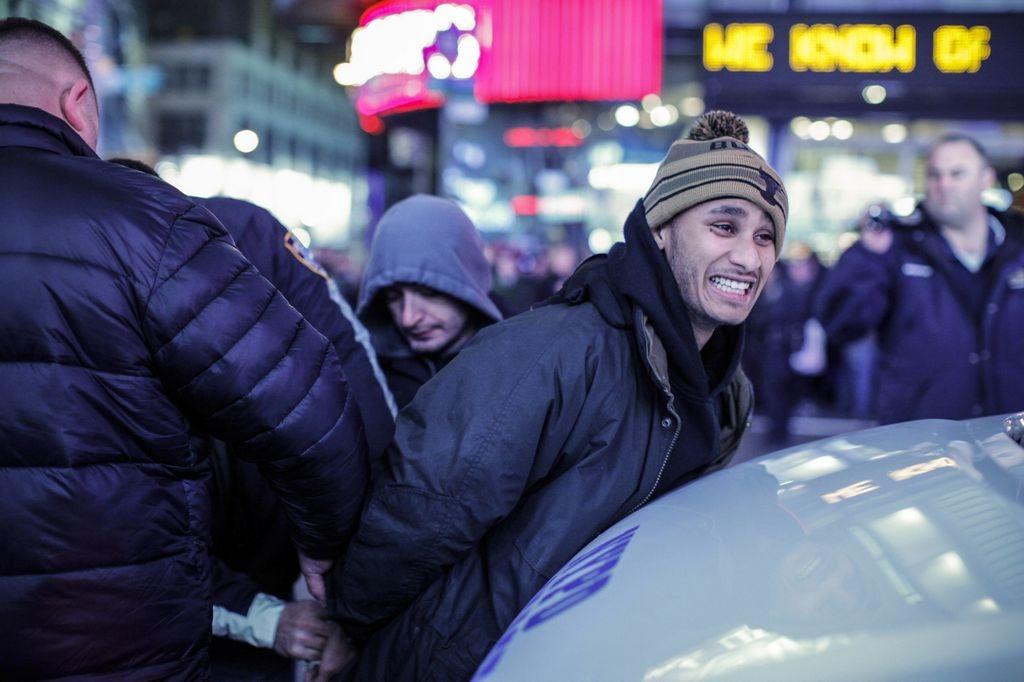 Las protestas el jueves comenzaron en el Bajo Manhattan y se extendieron a varios puntos de la ciudad.
