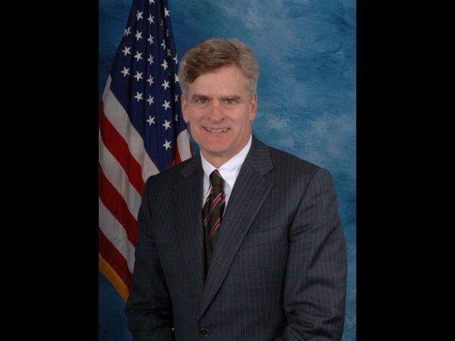 Bill Cassidy completa toma del Senado de los republicanos